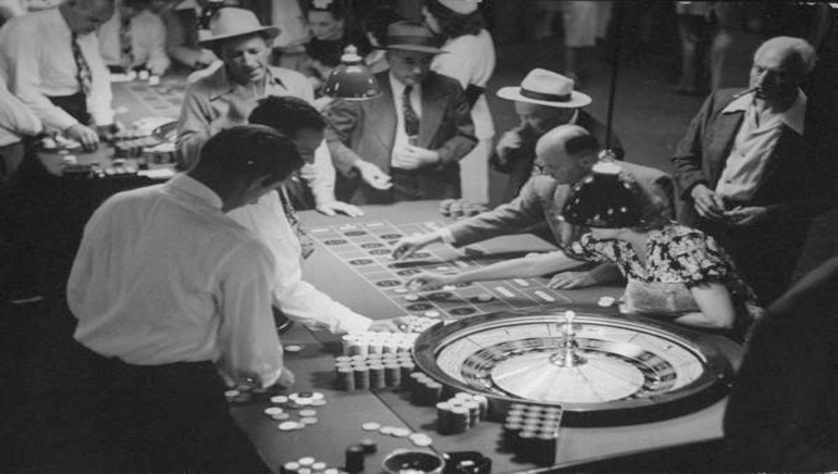 The Evolution of Online Gambling