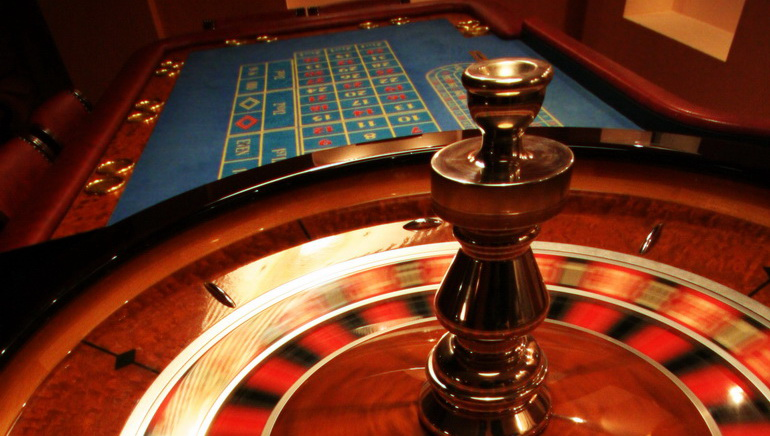 Experience Real Casino Action with the 888casino Live Dealers